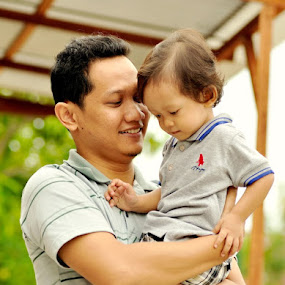 Daddy love by Afdhal Wirahadi - People Family