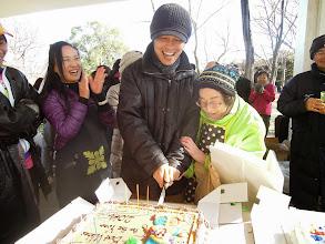 Photo: ごとひろがいないのでサッキーとケーキ入刀