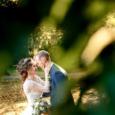 Wedding photographer Anton Kamenskikh (web-diz18rus). Photo of 17.10.2017
