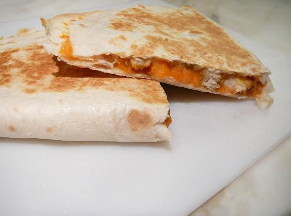 Yummy & Juicy Turkey Quesadilla Recipe