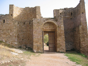 Photo: CASTILLO DE LOARRE A 1 HORA