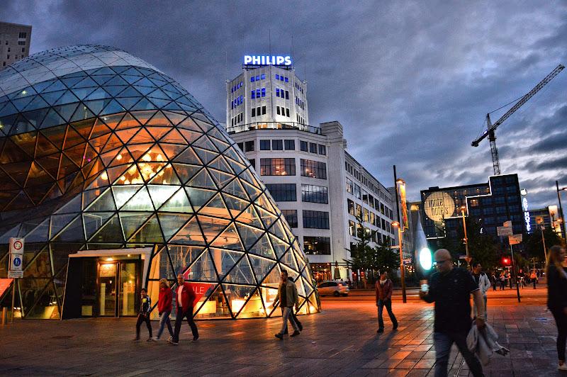 Eindhoven di Anna Cardinelli