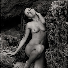 Lily by Terrence Credlin - Nudes & Boudoir Artistic Nude