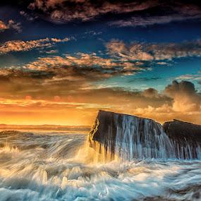 .:: r i o t s ::. by Setyawan B. Prasodjo - Landscapes Waterscapes ( splash, bali island, waterscape, leissure, tourism, travel, seascape, beach, landscape, gradual neutral density filter, manyar beach, wave, hideaway, sunrise, rocks,  )