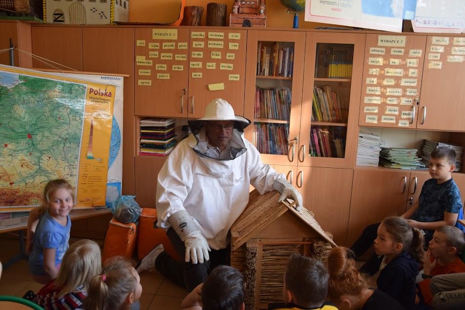 Rozmowy o pszczoła i o … książkach