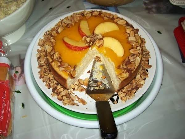 Amaretto Peach Cheesecake Recipe
