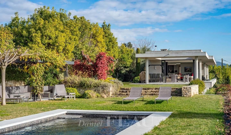 Maison avec piscine Montauroux