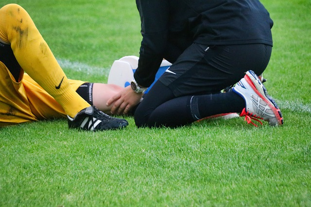 athlete hurt on the field could use some Delta-8 THC for sports recovery