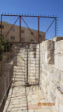 Photo: tour ends here, the muslim section does not allow one to continue on the rampart tour....