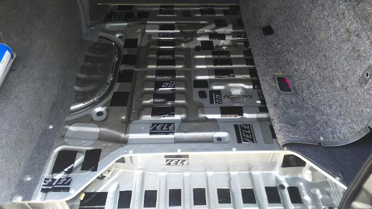 ハイエース TRH112Vの100系ハイエース,デッドニングに関するカスタム&メンテナンスの投稿画像1枚目