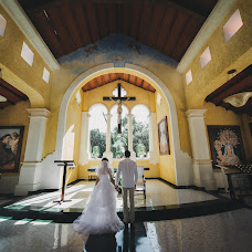 Wedding photographer Angelina Kameneva (FotKAM). Photo of 25.04.2018