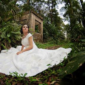 by Fahmi Hakim - Wedding Bride