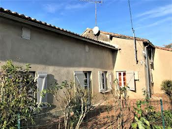 maison à Rouillé (86)