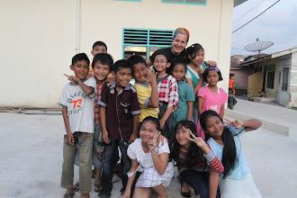 Photo: Evelina ir jos stichija - vaikai.  Evelina and her natural place among the kids.