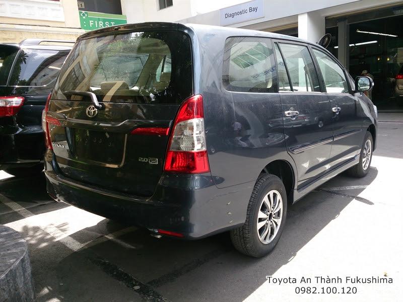 Mua Xe Toyota Innova 2016 E Số Sàn 7 Chổ Trả Góp - Màu xám 1