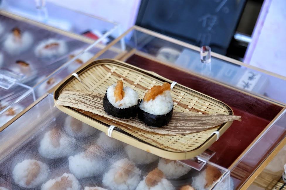 Tsukiji, sushi