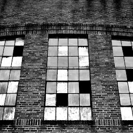 by Chandal Chenier - Black & White Buildings & Architecture ( ft. worth )