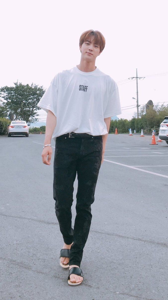 jin white shirt