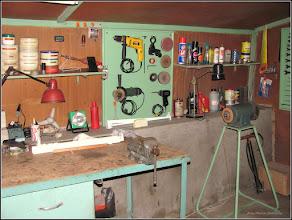 Photo: Din atelierul Bunicutului  - 2010.07.07 parte s-au furat, parte (polizorul) l-am dat lui Sendy (2017), stiind ca-l va aprecia