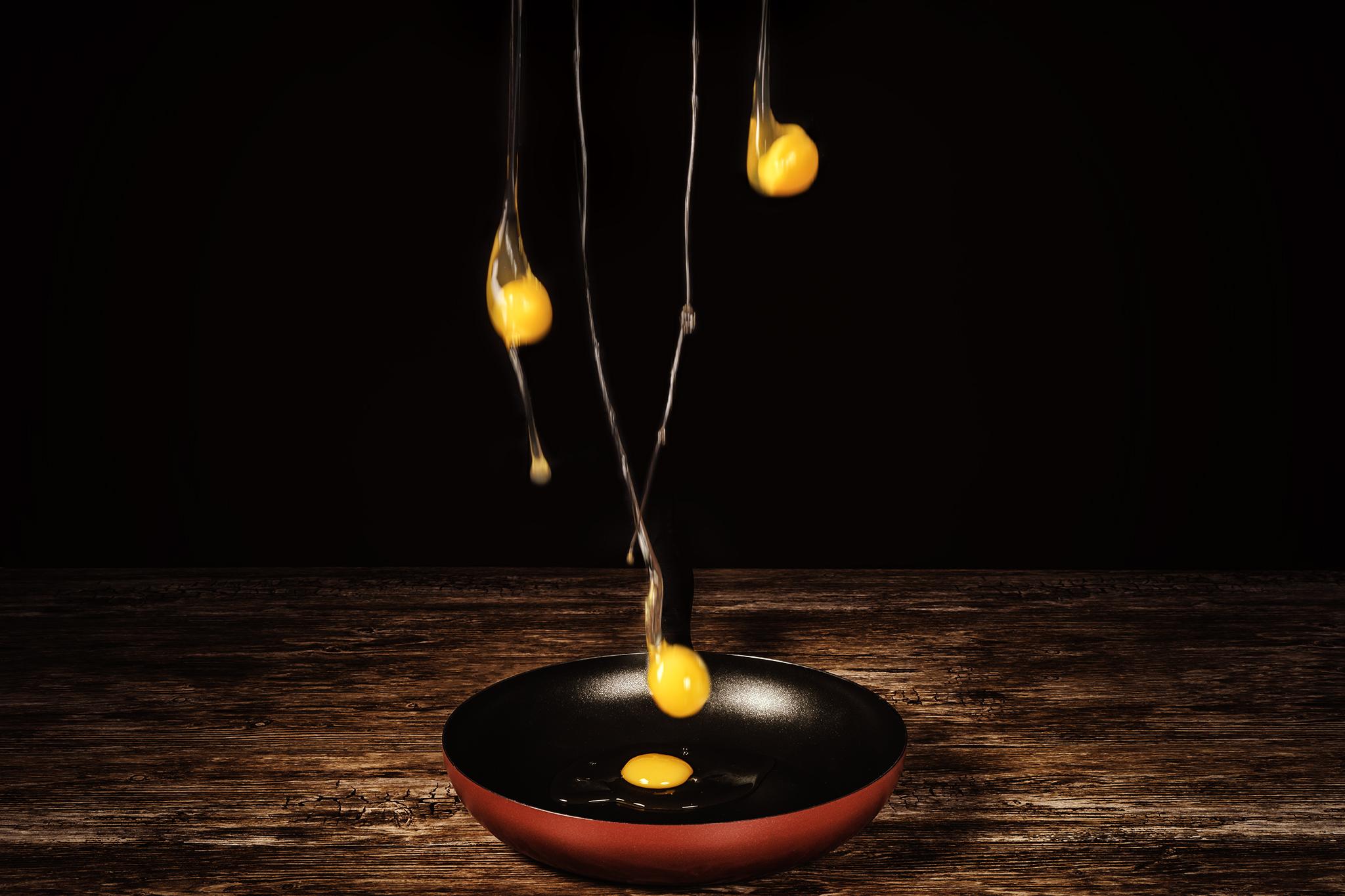 Le uova e il tegamino di Sergio Rapagnà