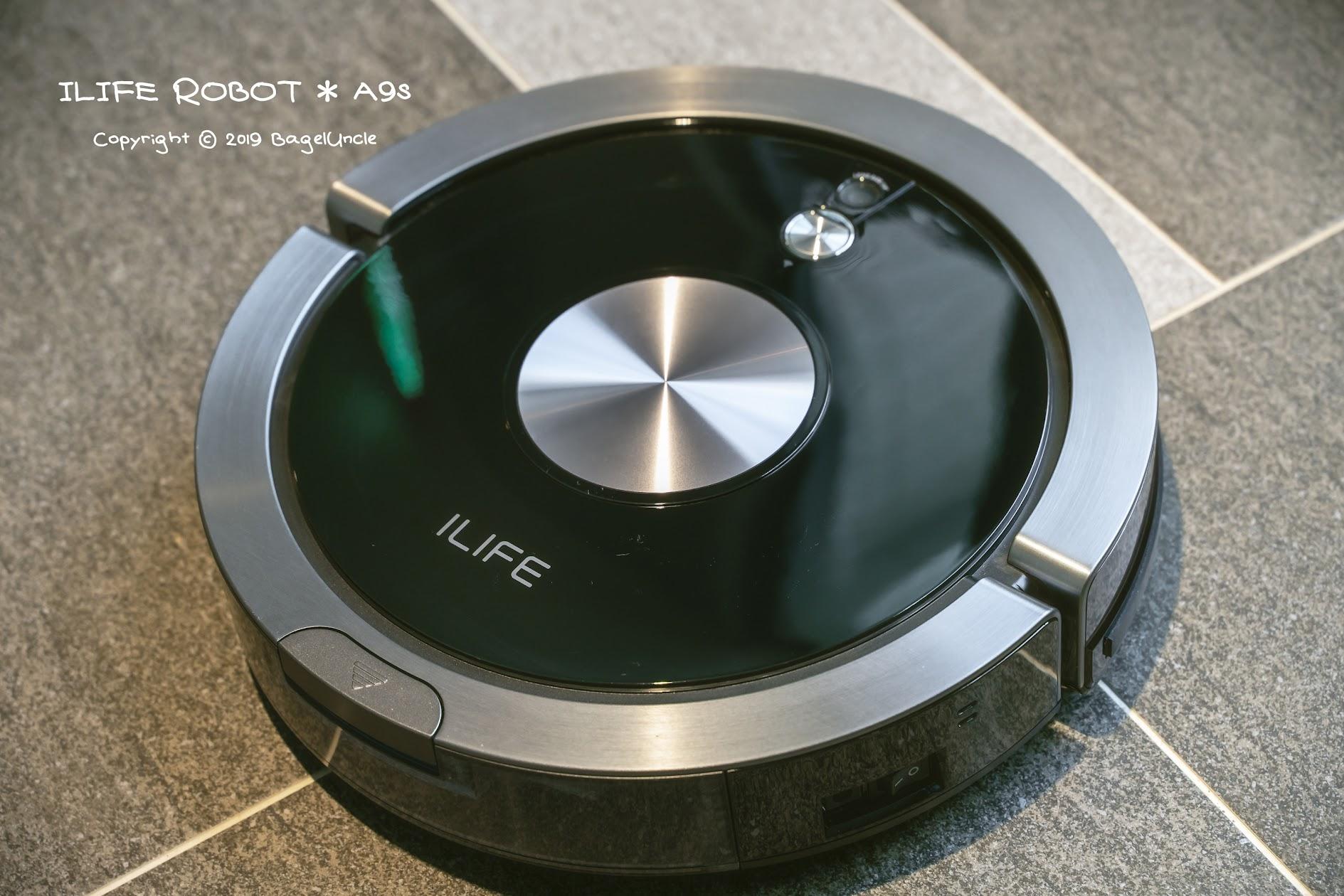 【3C開箱】ILIFE A9s 全球第一台『擬人手搓拖地』掃地兩用機器人 搭配前景導航+震動水箱  吸塵、拖地再升級(有影片)