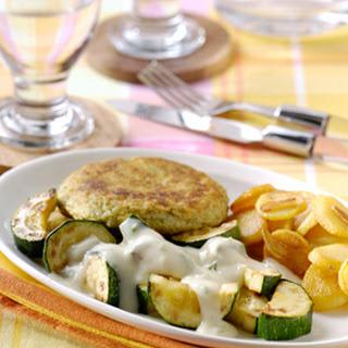 Roergebakken Courgette & Lente-ui Knoflooksaus, Visburgers En Knoflookaardappels