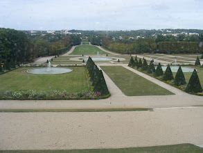 Photo: The upper level of the château has fine views of the gardens.