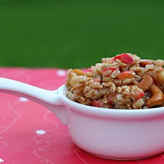 Recipe for Sweet and Spicy Farro, with apples and cashews