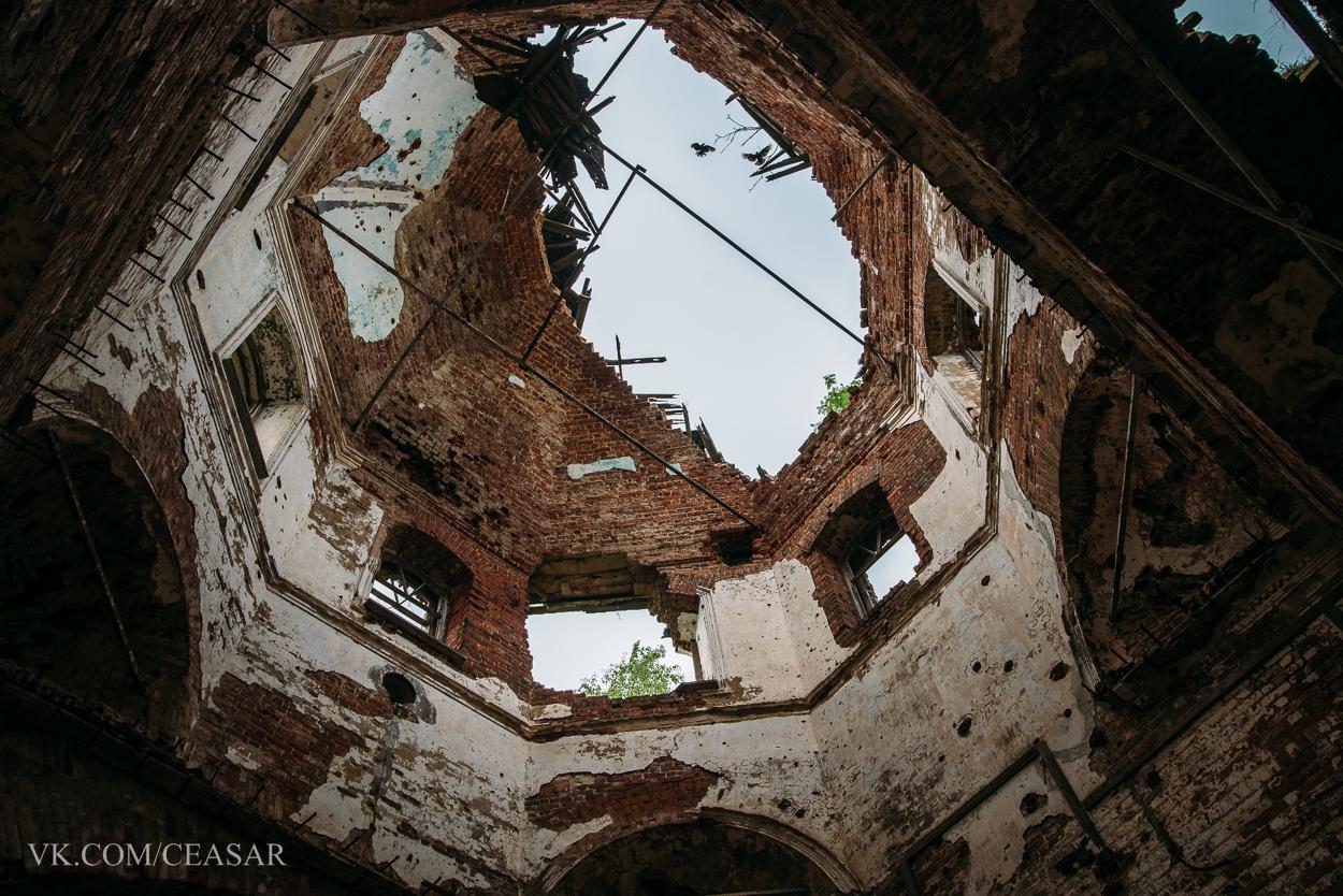 Заброшенная церковь в Карелии