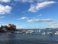 Porto di Baratti, uno dei primissimi porti turistici di questa parte della costa tirrenica, il golfo di Baratti, Costa degli Etruschi, Toscana