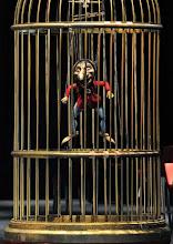 """Photo: Theater an der Wien: LES CONTES D'HOFFMANN. """"Kleinzack"""" kommt in beiden Inszenierungen vor. Foto: Barbara Zeininger"""