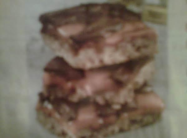 Caramel Pecan Turtle Bars Recipe