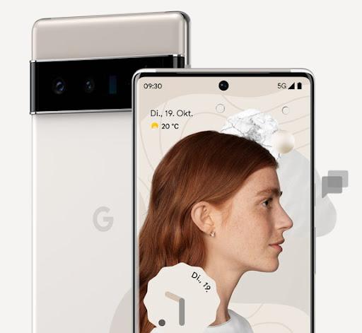 Vorder- und Rückansicht: Pixel6Pro in Cloudy White.