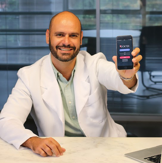 Dr-Marco-Antônio-Venturine-Dokter.jpg