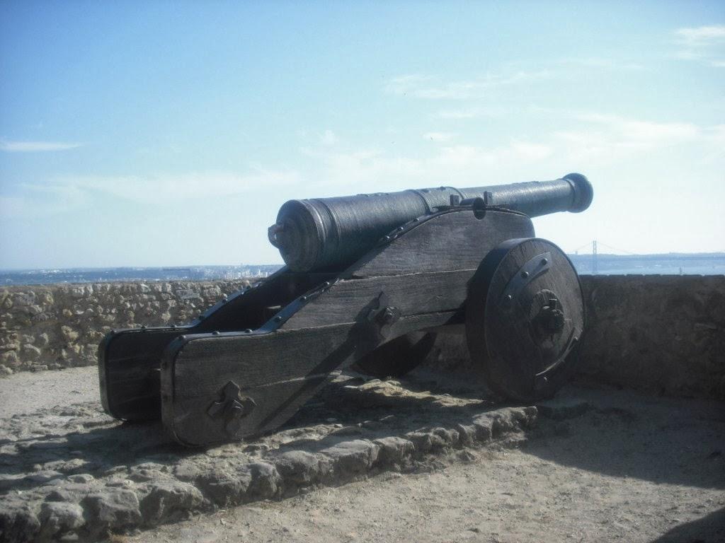 Cañón en la fortaleza de San Jorge