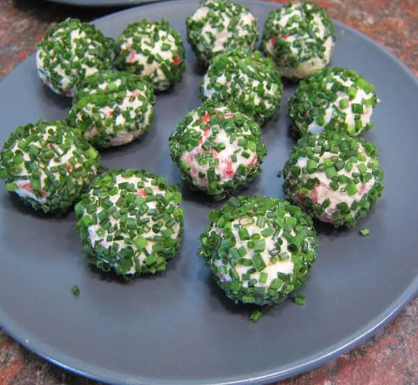 Bacon-chive Cheese Balls