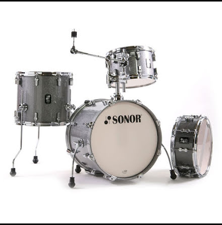 Sonor AQ2 - 18/12/14/14s. Finish: Titanium Quartz