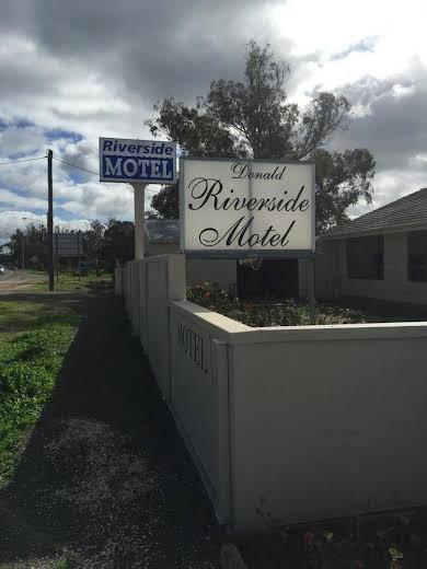 Donald Riverside Motel