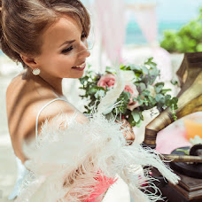 Wedding photographer Kamilla Izmaylova (Kamizma). Photo of 01.07.2015