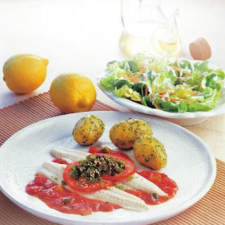 Seezungenfilet mit Sesam-Olivenkruste und Tomaten
