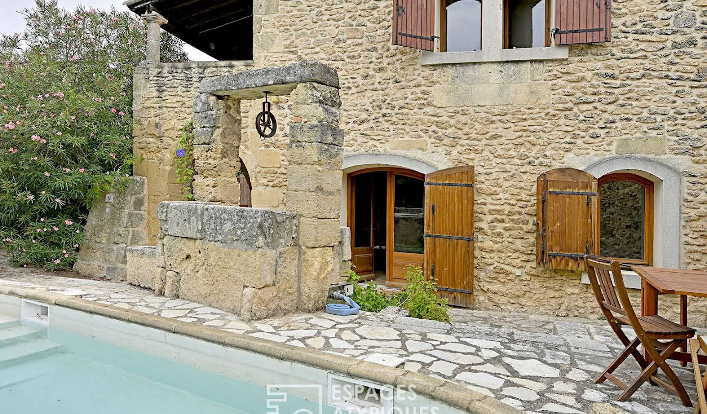 House with pool and terrace Junas