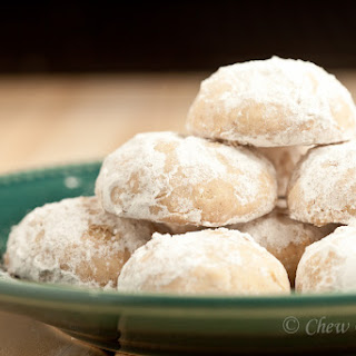 Russian Tea Cakes (Mexican Wedding Cookies).
