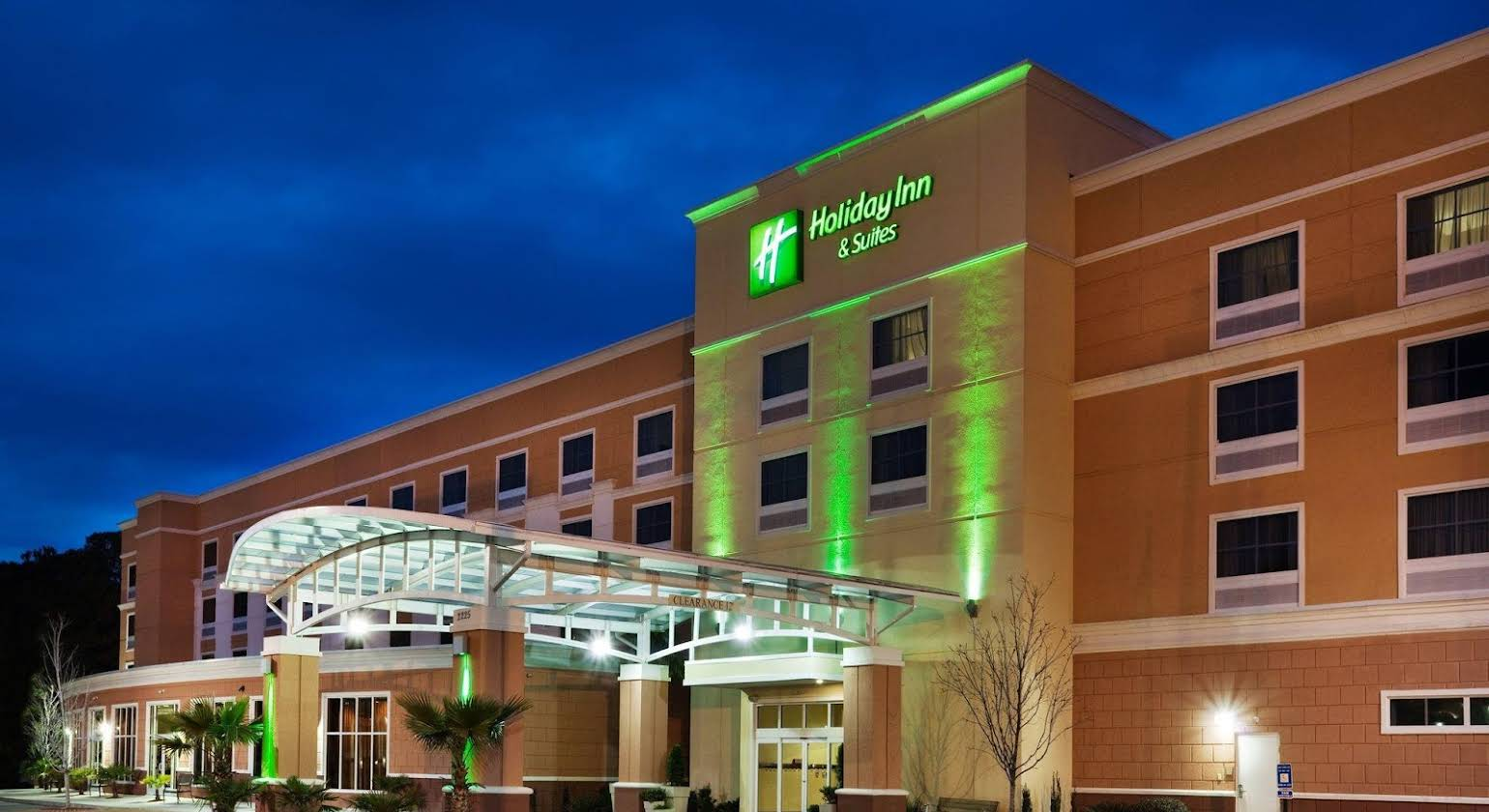 Holiday Inn Hotel & Suites Beaufort at Highway 21