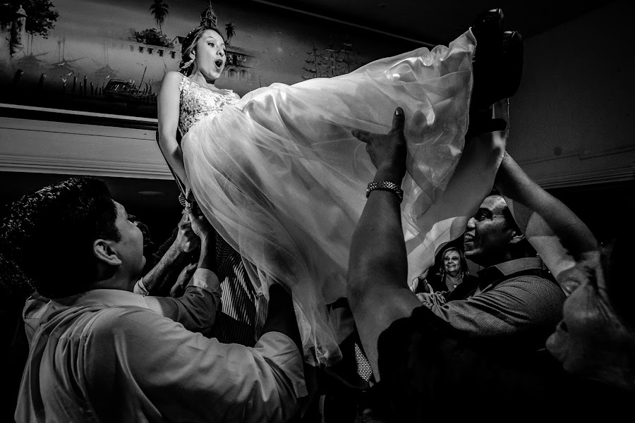 Wedding photographer Christian Cardona (christiancardona). Photo of 03.12.2019