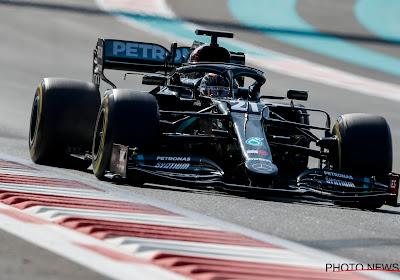 Stoffel Vandoorne in de Mercedes het snelst in ochtendsessie testen Abu Dhabi