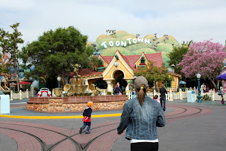 Photo: Let's go to Mickey's House