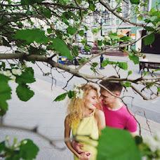Wedding photographer Elena Zayceva (Zaychikovna). Photo of 01.06.2015