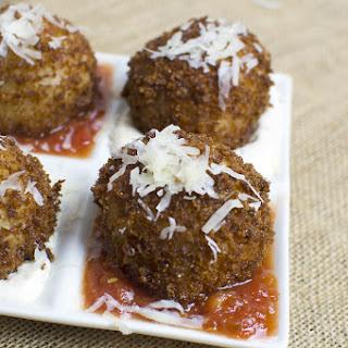 Fried, Mozzarella-Stuffed Risotto Balls