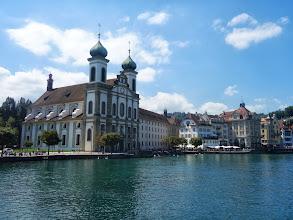 Photo: Jezuitský kostel je nejstarší veliký barokní kostel ve Švýcarsku