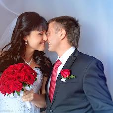 Wedding photographer Nadezhda Bondarchuk (lisichka). Photo of 10.10.2013